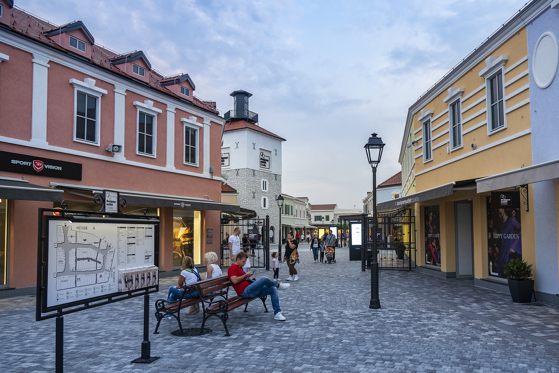 d6d5230e37 Designer-Outlet-Croatia-about-the-centre.jpg